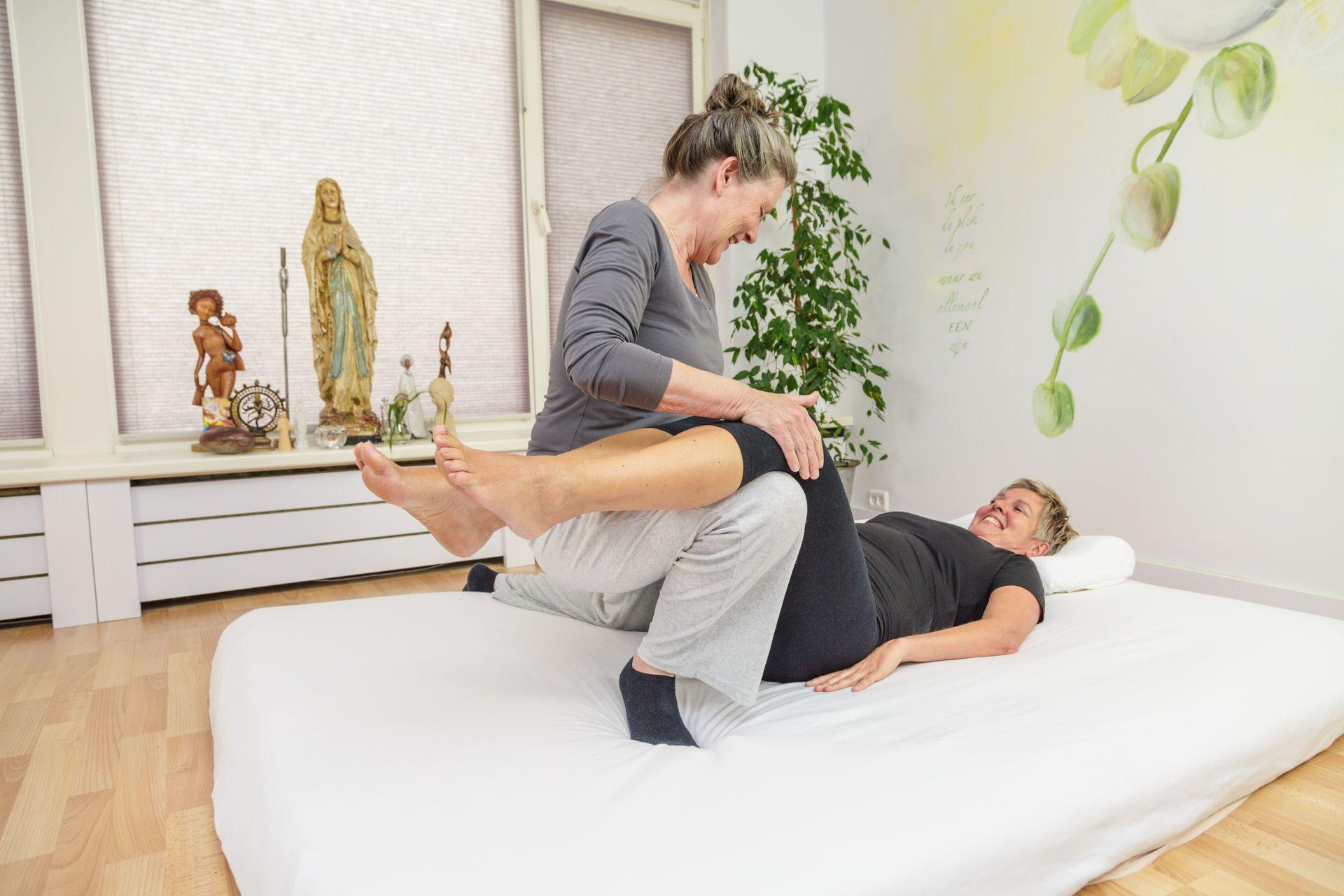 CNT buikmassage voor vrouwen in de overgang